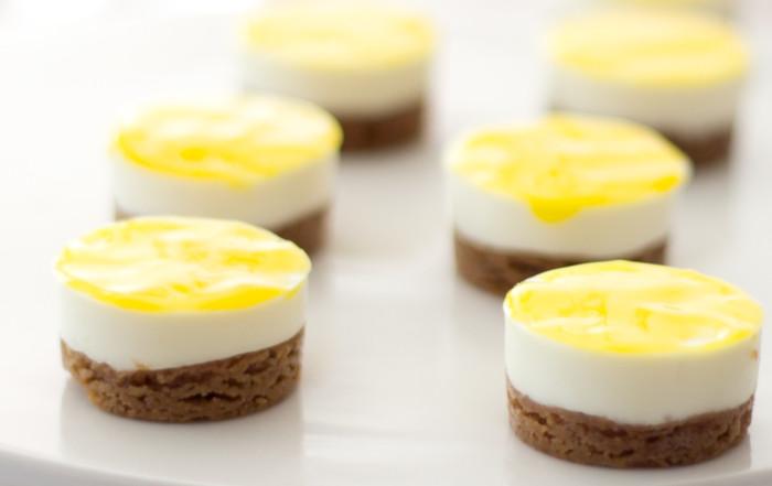 Kleine citroen cheesecakejes